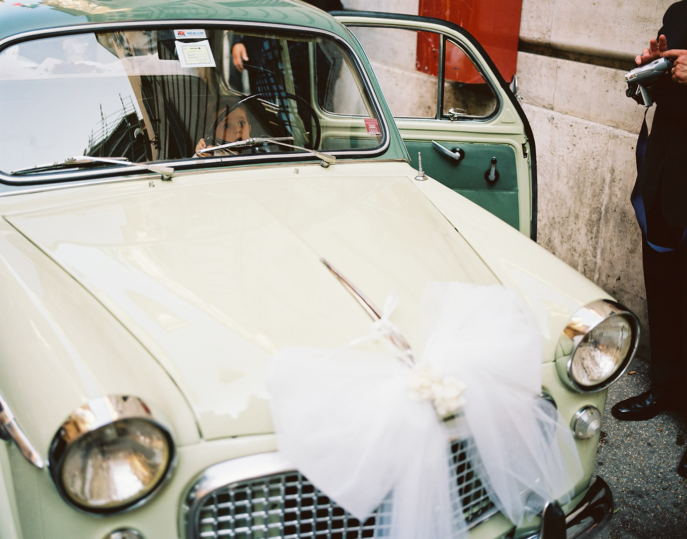 4_theweddingcar